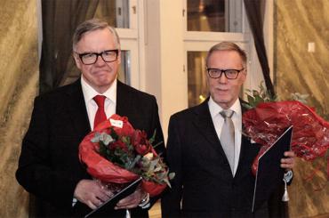 Jukka Pekkariselle ja Pekka Sutelalle Yrjö Jahnssonin säätiön tiedepalkinto